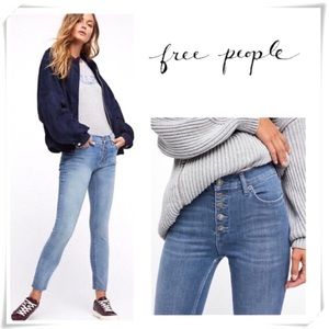 Free People Button Fly Skinny Jeans light washed